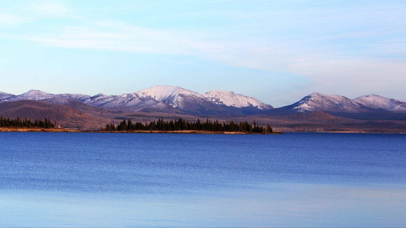 黃石(shi)湖.jpg
